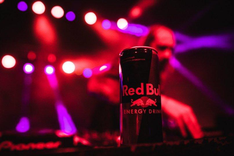 В Гомеле прошел долгожданный OPEN AIR. Тысячную толпу спасал Red Bull, который, как известно, окрыляет (фото) - фото 1