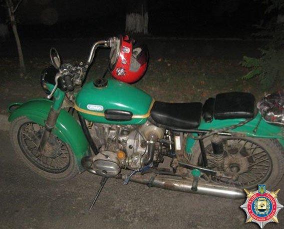 В Димитрове у пьяного мотоциклиста изъяли наркотики (фото) - фото 1