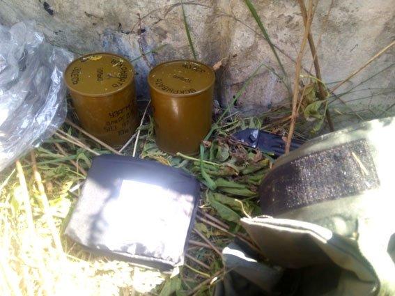 На Полтавщині знайшли схованку боєприпасів. Фото (фото) - фото 1