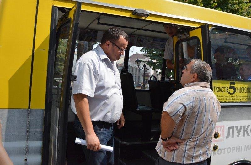 На автобусному маршруті №5 у Чернівцях встановили GPS-трекери, фото-2