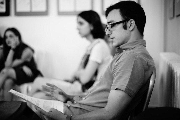 «Спичкины» читки. В белгородском выставочном зале «Родина» начались театральные эксперименты (фото) - фото 3