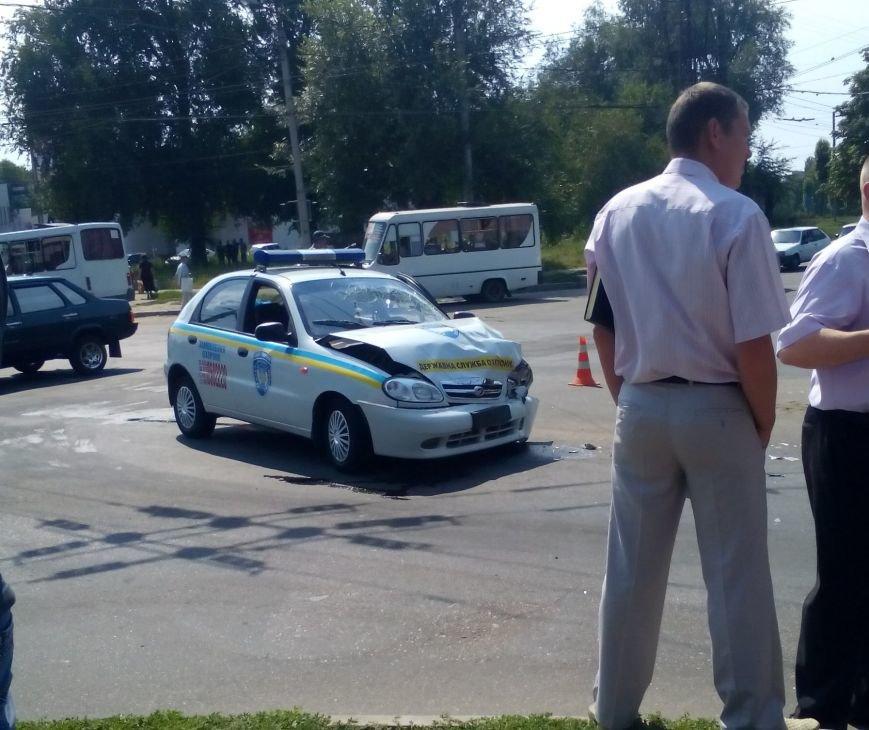 В Кировограде произошло ДТП с участием милицейского автомобиля (ФОТО), фото-2