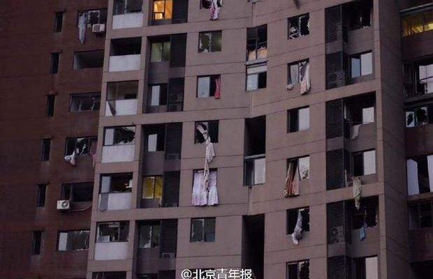 Из-за мощнейшего взрыва в Китае погибло более 40 человек (+видео) (фото) - фото 2