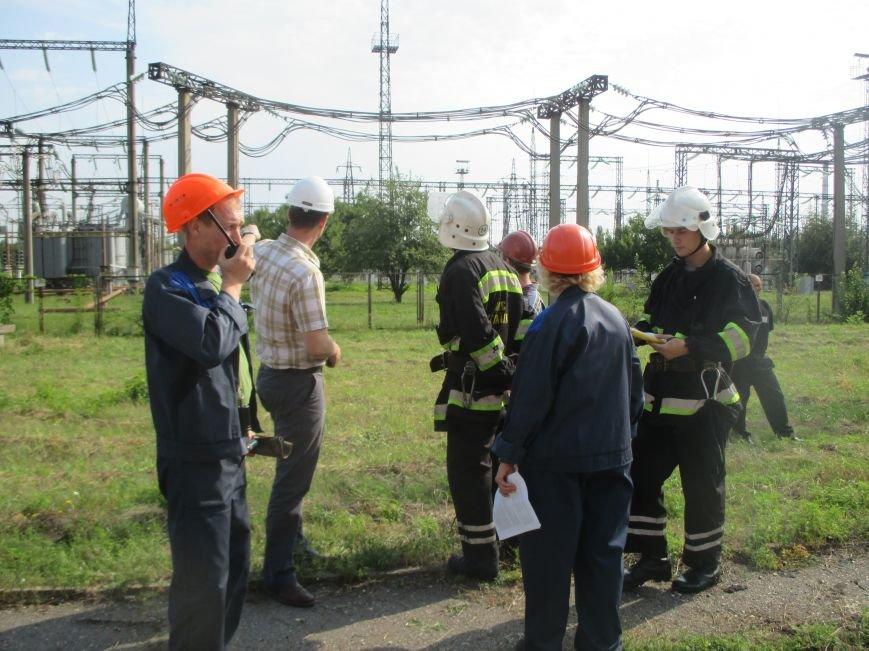 Сегодня кременчугские спасатели «тушили пожар» в трансформаторе на ТЭЦ (ФОТО), фото-2