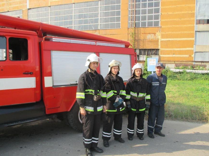 Сегодня кременчугские спасатели «тушили пожар» в трансформаторе на ТЭЦ (ФОТО), фото-4