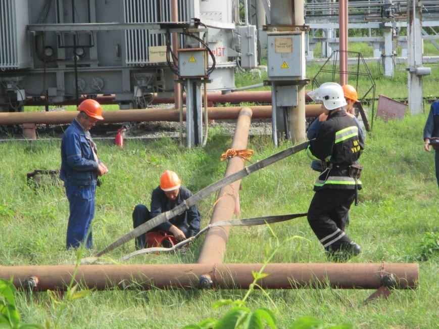 Сегодня кременчугские спасатели «тушили пожар» в трансформаторе на ТЭЦ (ФОТО), фото-8