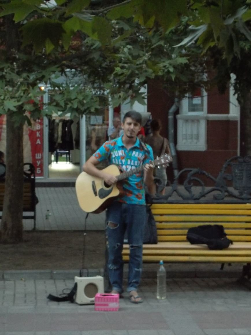 Уличные музыканты Бердянска (фото) - фото 5