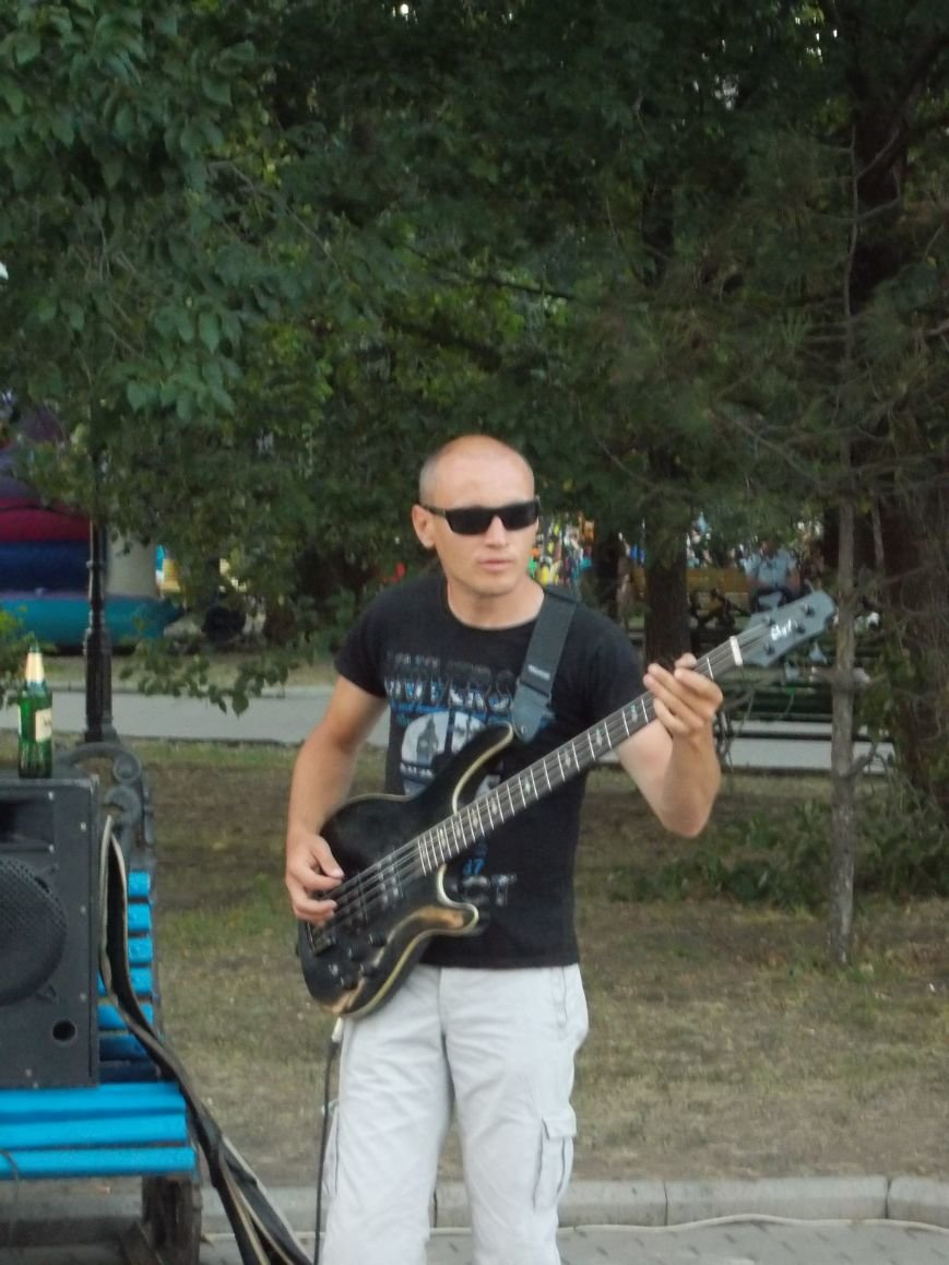 Уличные музыканты Бердянска (фото) - фото 2