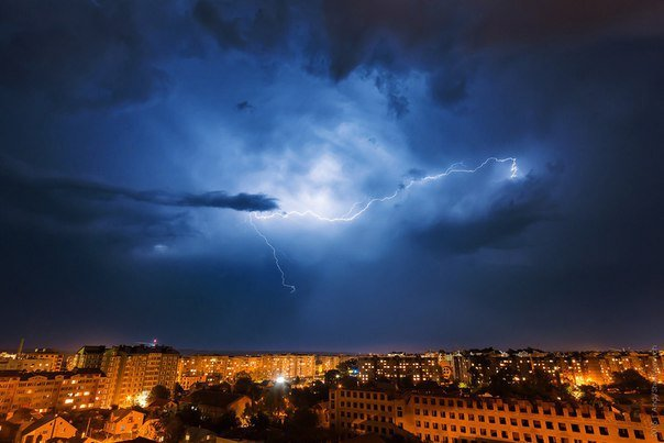 Неймовірна краса франківського неба під час грози (ФОТОРЕПОРТАЖ) (фото) - фото 5