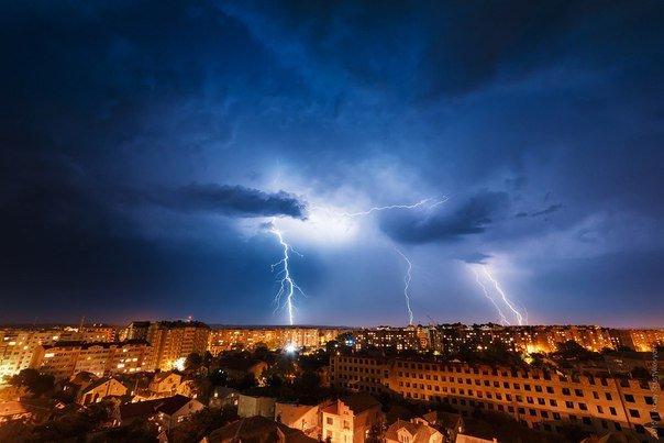 Неймовірна краса франківського неба під час грози (ФОТОРЕПОРТАЖ) (фото) - фото 3