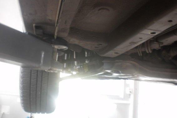 Преступление по-полтавски: к днищу автомобиля прикрепили гранату (ФОТО) (фото) - фото 1