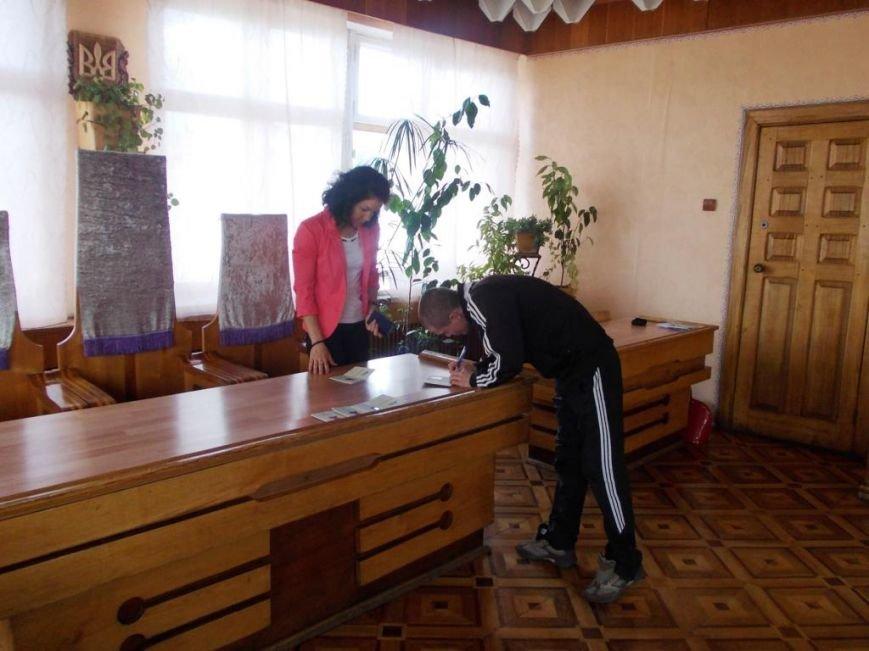 Засудженим Коломийської виправної колонії вручили паспорти громадянина України (ФОТО) (фото) - фото 2