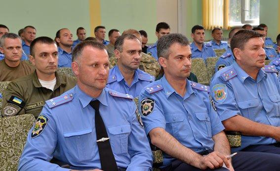 Начальники Красноармейского и Димитровского ГО милиции прошли тактическую подготовку в Мариуполе (фото) - фото 1