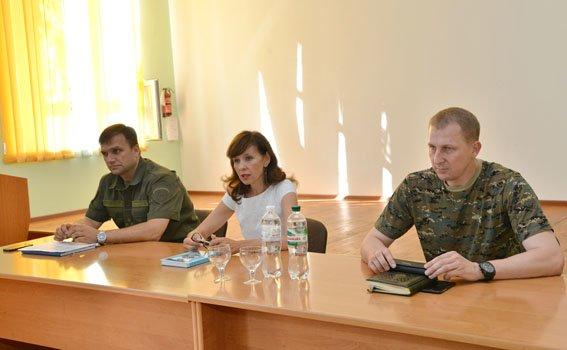 Начальники Красноармейского и Димитровского ГО милиции прошли тактическую подготовку в Мариуполе (фото) - фото 3