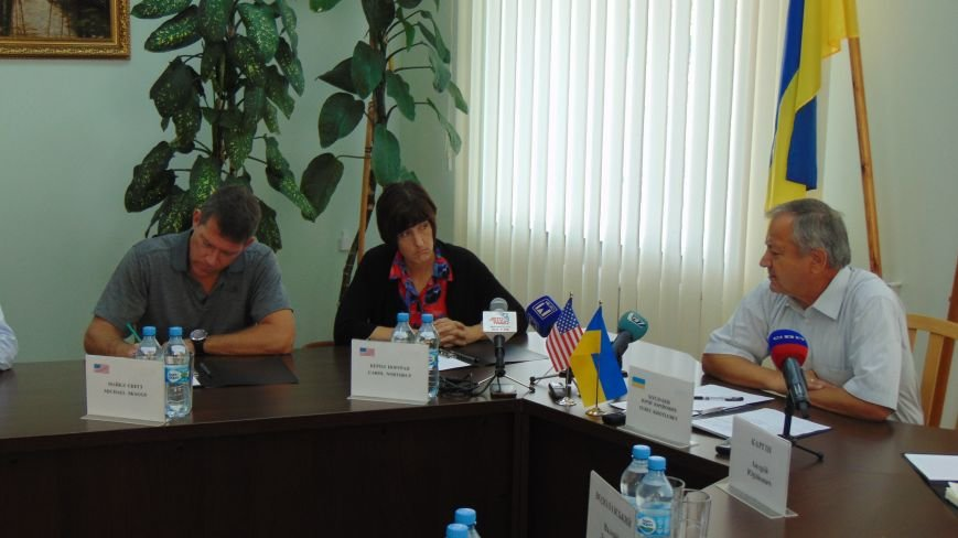 Мариуполь покорил представителей американского посольства (ФОТО) (фото) - фото 1