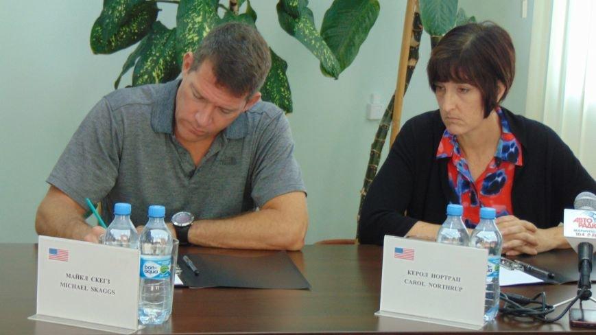 Мариуполь покорил представителей американского посольства (ФОТО) (фото) - фото 3