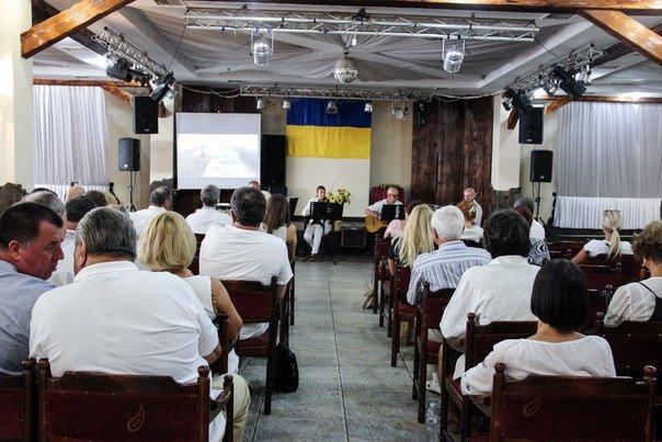 Відбулася презентація фільму «З любов'ю до Буковини» у ТК «Черемош» (фото) - фото 2
