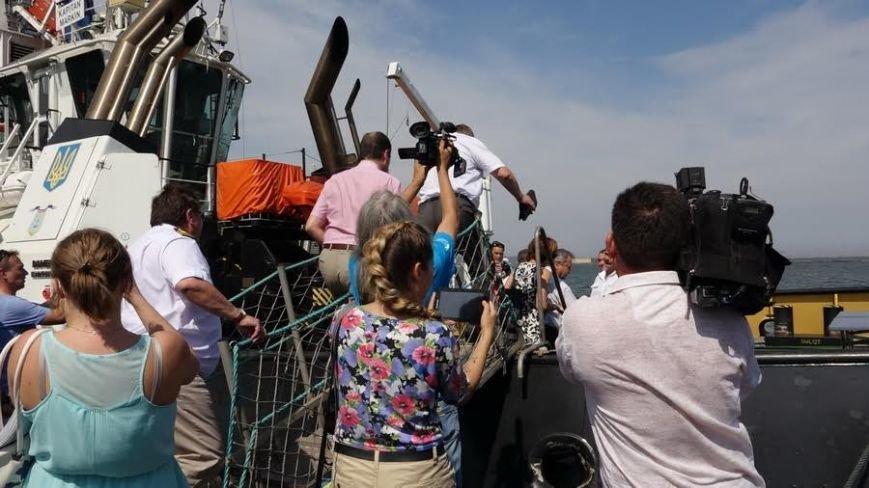 Жербривский хочет вернуть в мариупольский порт контейнерные перевозки  и  «Меотиду» (ФОТО) (фото) - фото 1