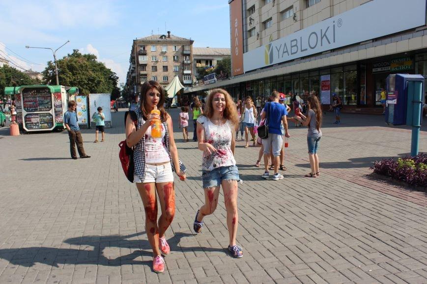 По центру Запорожья гуляли зомби (ФОТОРЕПОРТАЖ), фото-13