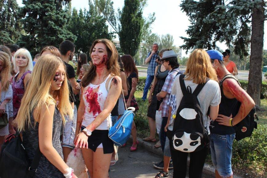 По центру Запорожья гуляли зомби (ФОТОРЕПОРТАЖ), фото-3