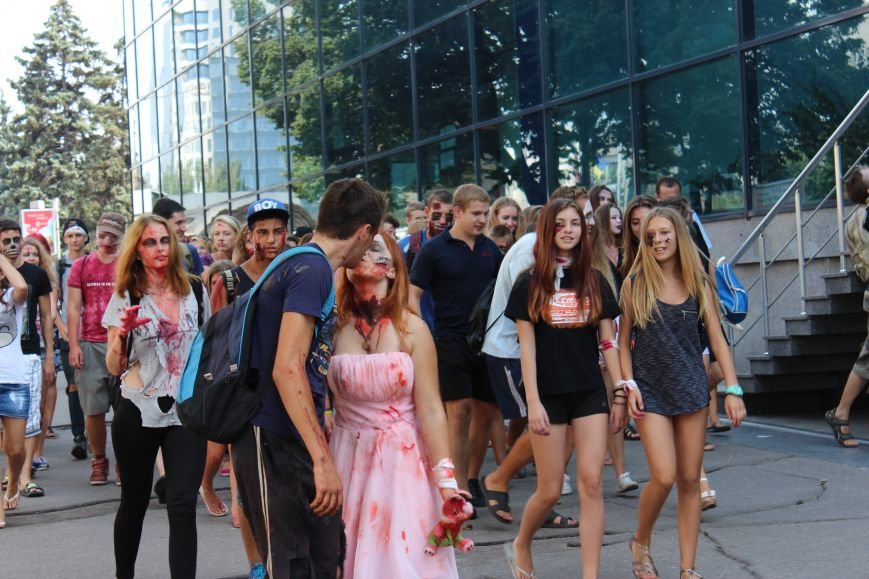 По центру Запорожья гуляли зомби (ФОТОРЕПОРТАЖ), фото-7