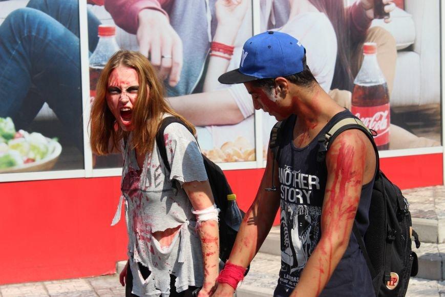 По центру Запорожья гуляли зомби (ФОТОРЕПОРТАЖ), фото-6