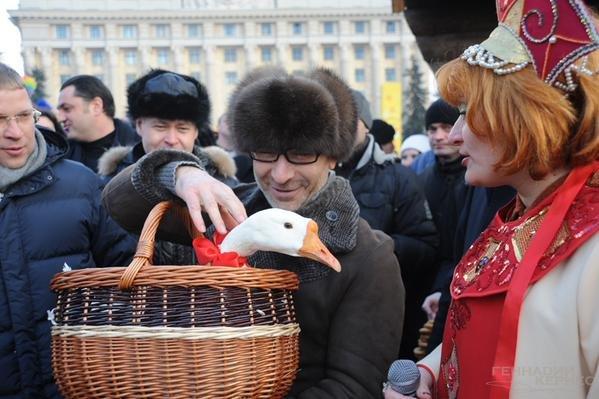 После жестокого уничтожения тушек трех венгерских гусей в России сеть взорвали «Гусиные истории» (ВИДЕО) (фото) - фото 4