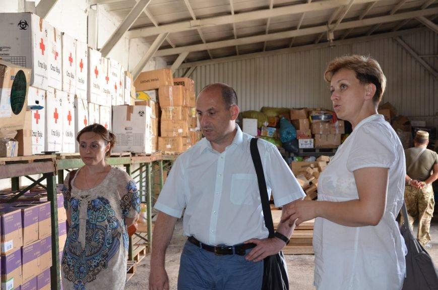В Мариуполе открыли волонтерский логистический центр (ФОТО+ВИДЕО), фото-11