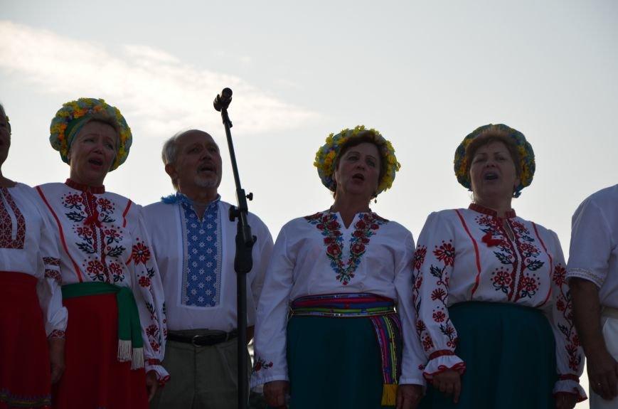 В Мариуполе киевские артисты поддержали жителей на концерте (ФОТО+ВИДЕО), фото-43