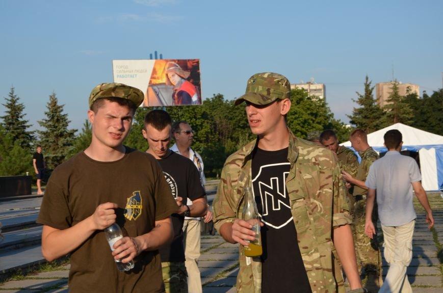 В Мариуполе киевские артисты поддержали жителей на концерте (ФОТО+ВИДЕО), фото-7