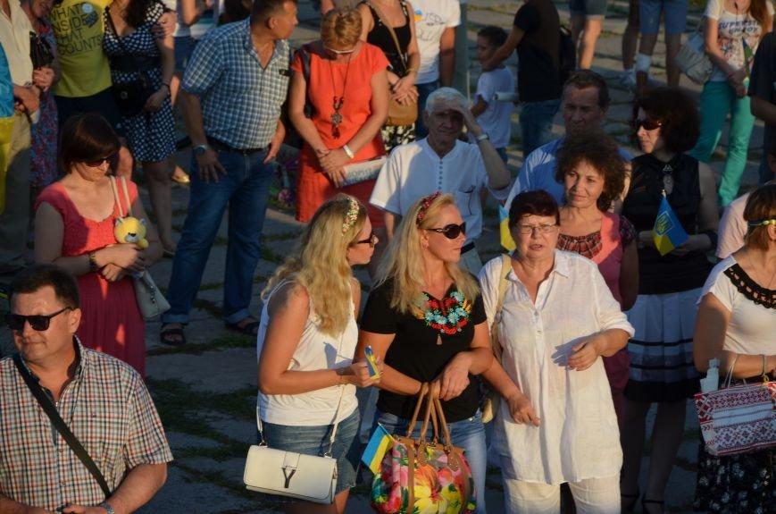 В Мариуполе киевские артисты поддержали жителей на концерте (ФОТО+ВИДЕО), фото-35