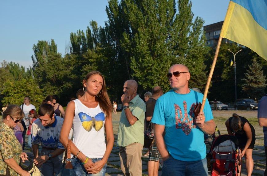 В Мариуполе киевские артисты поддержали жителей на концерте (ФОТО+ВИДЕО), фото-5