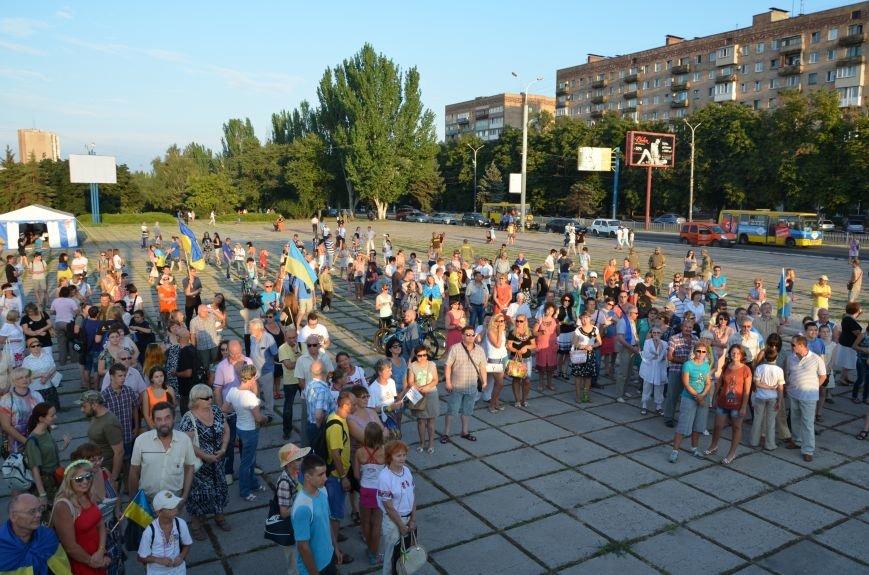 В Мариуполе киевские артисты поддержали жителей на концерте (ФОТО+ВИДЕО), фото-33