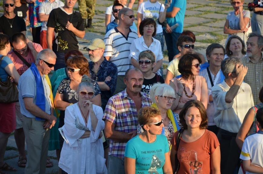 В Мариуполе киевские артисты поддержали жителей на концерте (ФОТО+ВИДЕО), фото-36