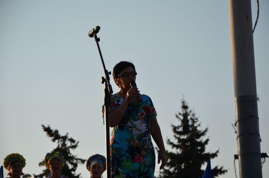 В Мариуполе киевские артисты поддержали жителей на концерте (ФОТО+ВИДЕО), фото-31