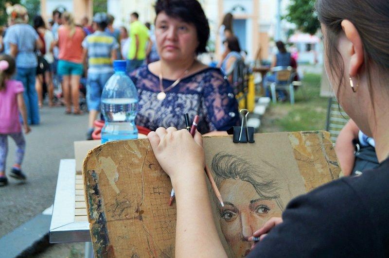 В парке Ленина открыли фестиваль уличных артистов «Белгородский Арбат-2015» (фото) - фото 1