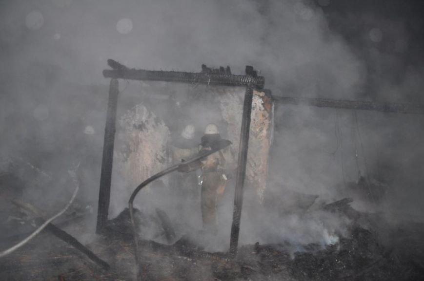 Спасатели опубликовали фото горящей «Запорожской сечи» (ФОТО) (фото) - фото 3