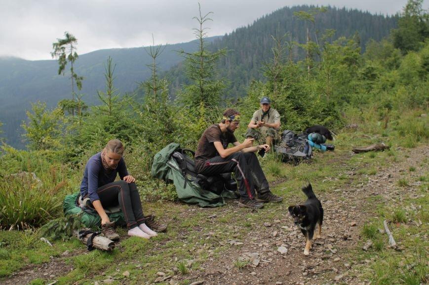 Днепропетровские путешественницы доказали, что невозможное возможно, и обошли страну меньше, чем за 100 дней (фото) - фото 3