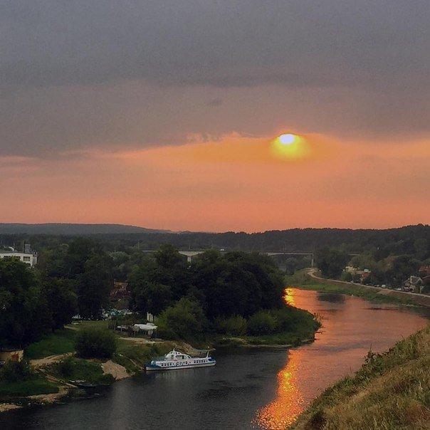 Неделя в Гродно: свадьбы, возвращения, странные фотографии и любовь к родному городу (фото) - фото 17