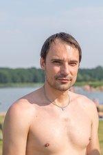 Опрос в Гродно: у отдыхающем на Юбилейном озере спросили нужен ли нудисткий пляж (фото) - фото 7