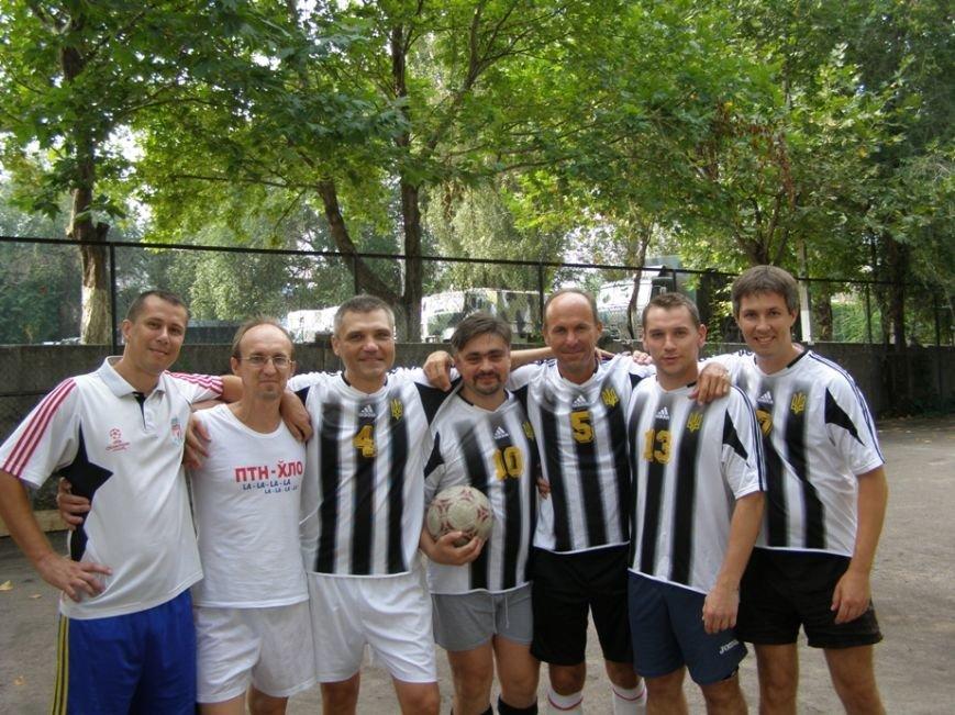 Запорожские журналисты сыграли в футбол с нацгвардейцами и чиновниками (ФОТОРЕПОРТАЖ) (фото) - фото 5