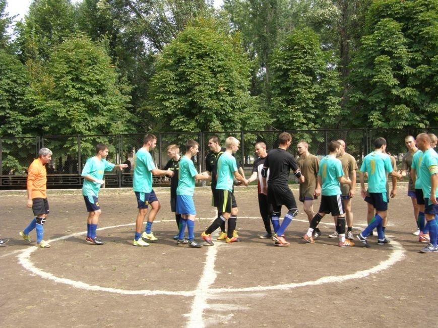 Запорожские журналисты сыграли в футбол с нацгвардейцами и чиновниками (ФОТОРЕПОРТАЖ) (фото) - фото 4