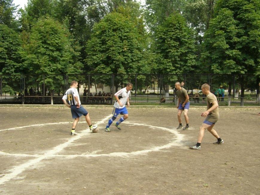 Запорожские журналисты сыграли в футбол с нацгвардейцами и чиновниками (ФОТОРЕПОРТАЖ) (фото) - фото 7