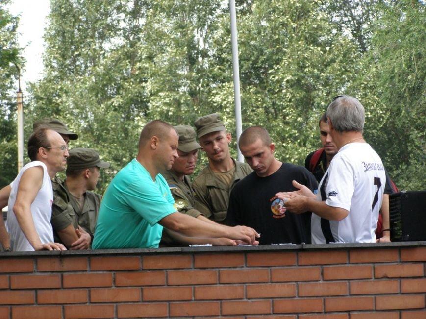Запорожские журналисты сыграли в футбол с нацгвардейцами и чиновниками (ФОТОРЕПОРТАЖ) (фото) - фото 3