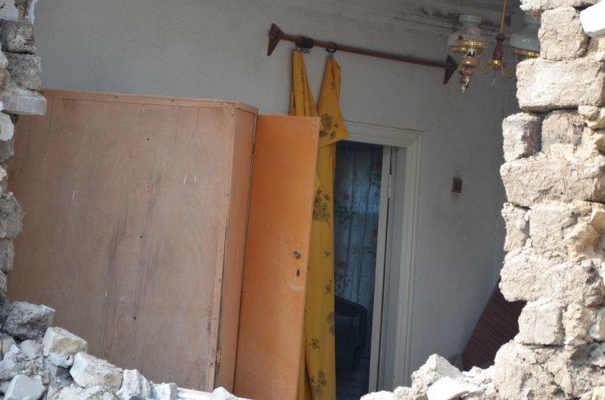 Сартана после обстрела: жители восстанавливают дома и ругают военных (ФОТО+ВИДЕО), фото-42