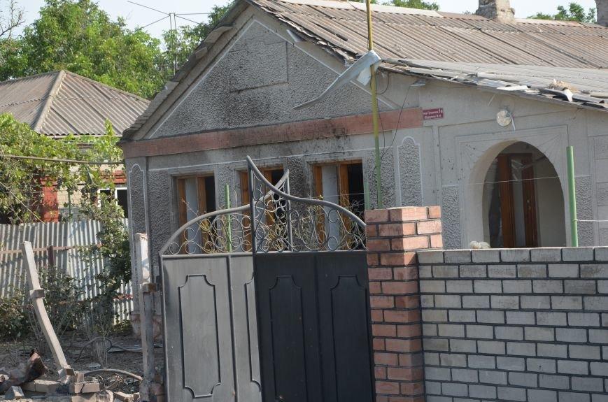 Сартана после обстрела: жители восстанавливают дома и ругают военных (ФОТО+ВИДЕО), фото-13