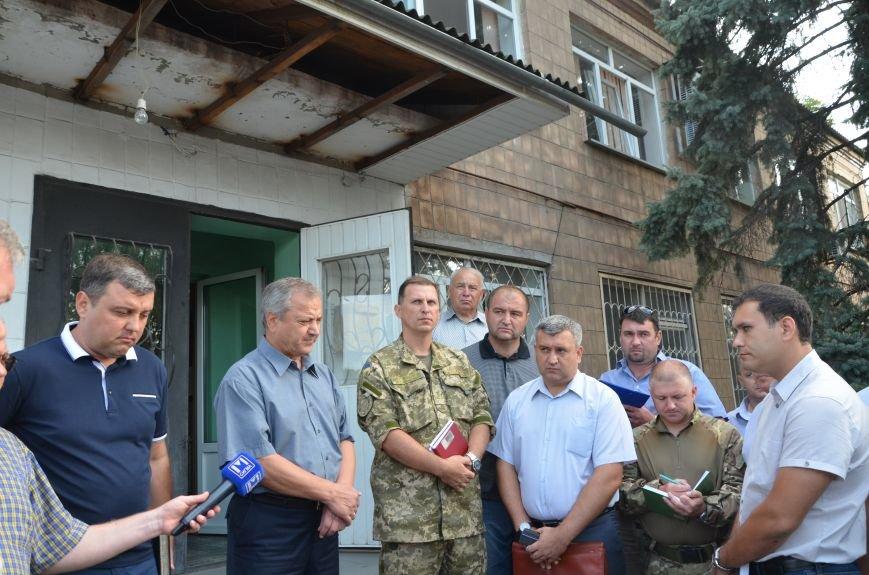 Сартана после обстрела: жители восстанавливают дома и ругают военных (ФОТО+ВИДЕО), фото-52