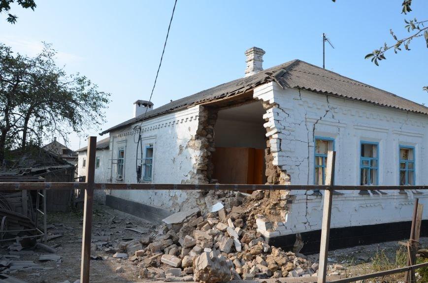 Сартана после обстрела: жители восстанавливают дома и ругают военных (ФОТО+ВИДЕО), фото-45
