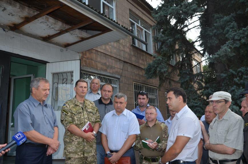 Сартана после обстрела: жители восстанавливают дома и ругают военных (ФОТО+ВИДЕО), фото-53