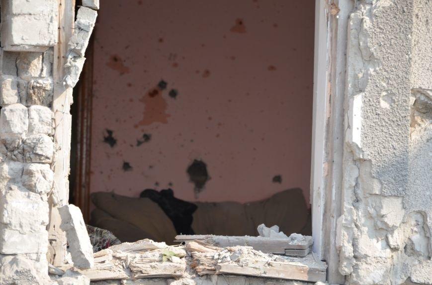 Сартана после обстрела: жители восстанавливают дома и ругают военных (ФОТО+ВИДЕО), фото-35